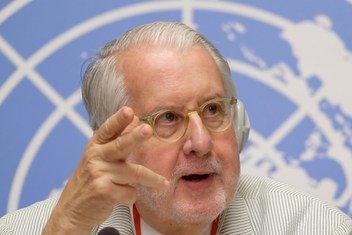 Paulo Pinheiro, président de la Commission d'enquête sur la République arabe syrienne, lors d'une conférence de presse en septembre 2018 à Genève.