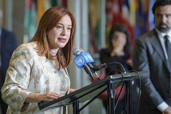 (资料图片)2018年6月,新当选的联合国大会第73届会议主席玛丽亚·费尔南达·埃斯皮诺萨在纽约联合国总部与记者见面。