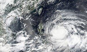 """2018年9月13日拍摄到的台风""""山竹""""卫星云图。"""