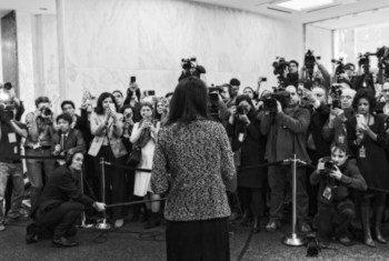 美国常驻联合国代表黑莉,走马上任时接受媒体采访。