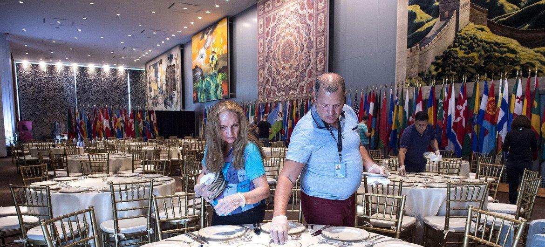 Preparativos para el almuerzo de Estado que ofrece el Secretario General a los jefes de delegación (Archivo 2017)