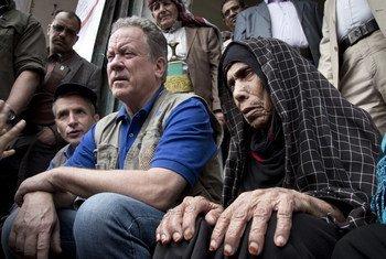 David Beasley, el director ejecutivo del Programa Mundial de Alimentos, visita Saná, en Yemen, donde se vive la peor hambruna del mundo.