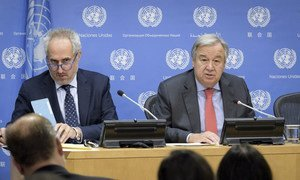 Secretary-General António Guterres (right) briefs press on the occasion of the opening of the seventy-third session of the United Nations General Assembly on 20 September 2018. At left is his Spokesperson Stéphane Dujarric.
