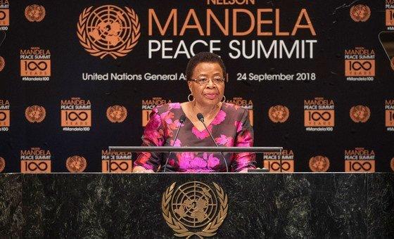 Membro dos The Elders e viúva de Nelson Mandela, Graça Machel falou na Cimeira de Paz Mandela, em Nova Iorque.