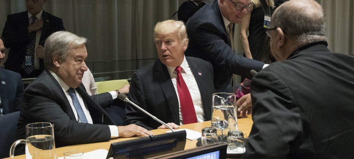 Secretário-geral da ONU, António Guterres, com presidente dos Estados Unidos, Donald Trump.