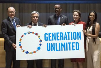 Kutoka Kusoto Rais wa Bank Kuu, Katibu mkuu wa Umoja wa Mataifa, Rais wa Rwanda Paul Kagame , Mkuu wa UNICEF na balozi mwema wa UNICEF Lily Singh kwenye tukio la ngazi ya juu la uzinduzi wa mkakati wa Umoja wa Mataifa wa vijana Generation Unlimited (Gen U