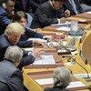 Le président des États-Unis, Donald Trump, s'entretient avec le Secrétaire général des Nations Unies, António Guterres, avant une réunion du Conseil de sécurité sur la non-prolifération des armes de destruction massive le 26 septembre