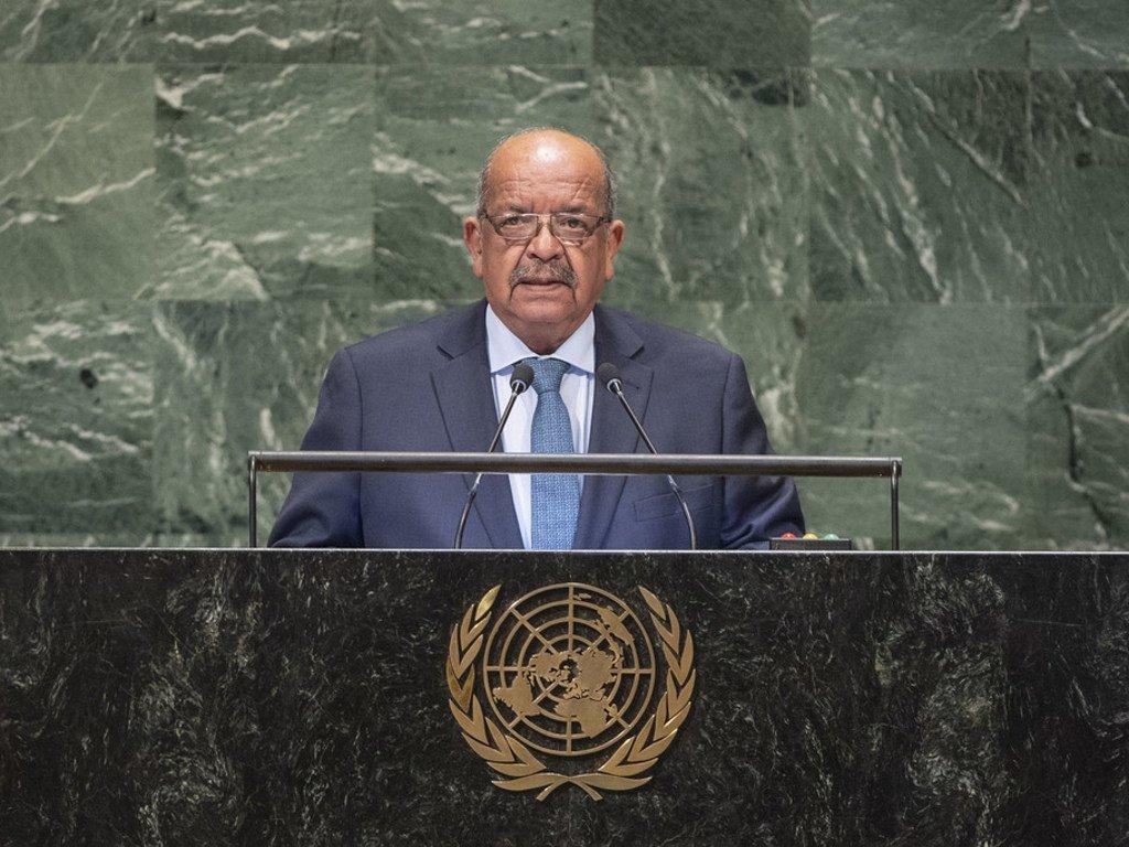 Le Ministre des affaires étrangères algérien, Abdelkader Messahel, prend la parole à la soixante-treizième session de l'Assemblée générale des Nations Unies.