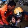 2018年9月30日, 一名被埋在印尼苏拉威西岛中部房屋废墟中的15岁女孩被救出。