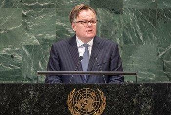 """加拿大常驻联合国代表布兰查德(Marc-André Blanchard)今天在联大第74届会议一般性辩论发言中再次为加拿大争取在2021年至2022 年期间获得安理会非常任理事国席位""""拉票""""。"""
