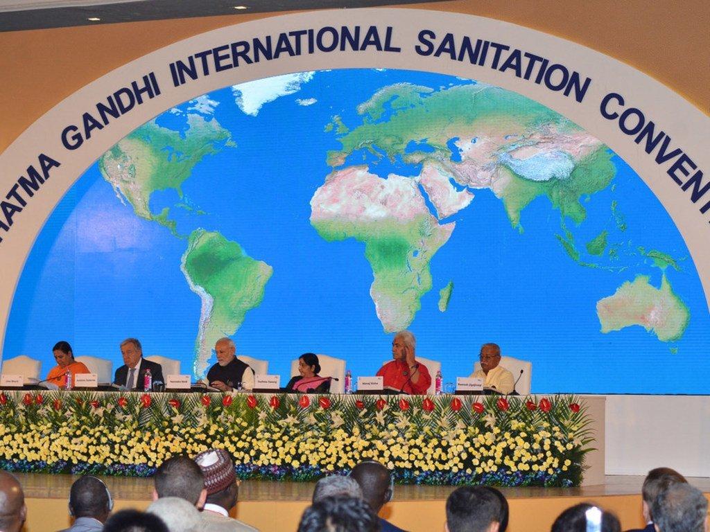 Le Secrétaire général de l'ONU, António Guterres, lors d'un congrès international sur l'assainissement organisé en Inde.