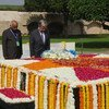 秘书长古特雷斯今天在圣雄甘地陵墓(Raj Ghat )敬献了花圈。