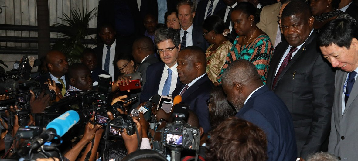 Members of the UN Security Council speak to the media after arriving in the Democratic Republic of the Congo on 5 October 2018.