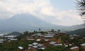 Nchini Rwanda mradi wa UNDP na UNEP umeleta nuru kwenye vilima hivi.