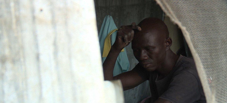 James Jafar, do Sudão do Sul, perdeu a esperança e tentou se suicidar. Hoje é voluntário com a Operation Hope.