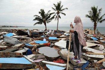 Segundo a OMS, com a chegada das chuvas aumenta risco de contágio por doenças entre as vítimas dos desastres naturais na Indonésia