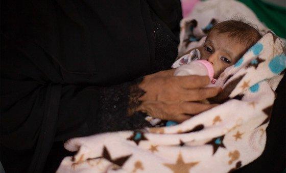 Questões como deslocamento e má nutrição afetam a saúde e o bem-estar de 1,1 milhão de mulheres grávidas e lactantes no Iêmen
