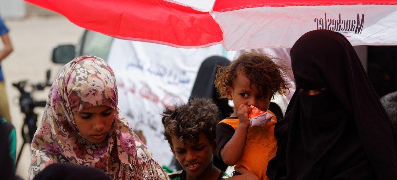 عيادة طبية متنقلة في مركز الشعب للنازحين في عدن ، اليمن. 16 أغسطس 2018