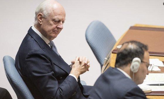 """O enviado especial para a Síria fala em """"desafio muito sério"""" para o processo de redação da nova Constituição."""