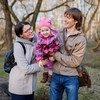 Ольга, Андрей и их трехлетняя дочка Юля. Супруги хотели бы иметь больше детей, но финансовые возможности не позволяют.