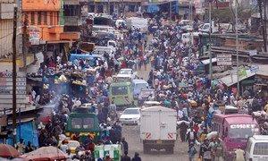 ONU estima que haja 200 milhões de africanos a residir em bairros improvisados, muitas vezes sem acesso a energia e a saneamento.