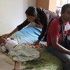 Jamileth, 28, y su pareja, Giulio Ayala, 44, tuvieron que irse de Venezuela por la falta de medicinas para su hijo, Steven. Ahora están en Tumbes, Perú.