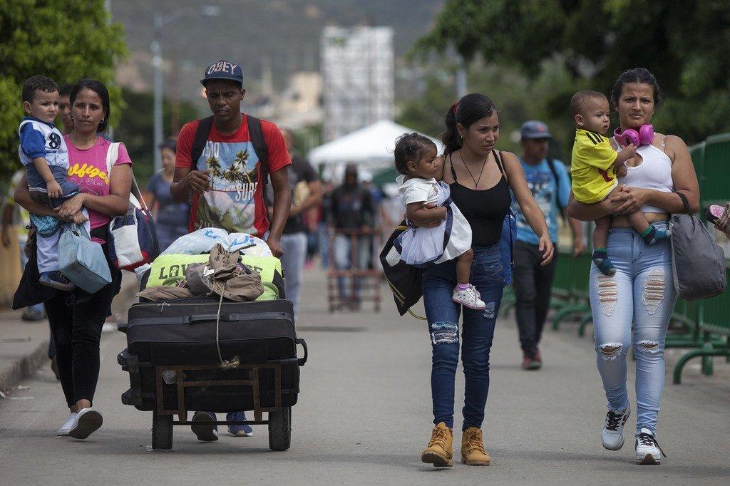 2018年10月,脆弱的委内瑞拉移民与难民来到哥伦比亚边境城市库库塔(Cúcuta)寻求援助。