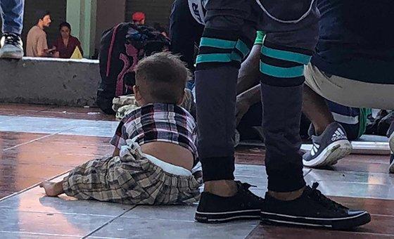 Hay muchos niños entre los centroamericanos que intentan migrar a los Estados Unidos.