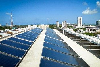 Солнечная  установка на крыше отеля LQ, в Канкуне.