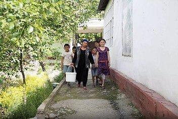 Последние двадцать лет Фазилат Усвалиева каждое утро ходила пешком пять километров к ближайшему колодцу