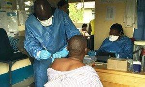 Especialistas anunciaram que têm avaliado os dados sobre o uso da vacina nessas populações e fornecerão uma atualização assim que for possível.
