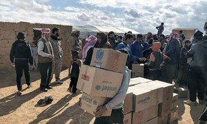 यूनीसेफ़ ने सीरिया के दक्षिण-पूर्व में स्थित रुकबन शिविर में मानवीय सहायता बाँटी, ये इलाक़ा जॉर्डन की सीमा के निकट है. नवंबर 2018