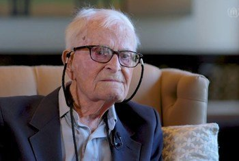 Harry Leslie Smith mwenye umri wa miaka 95, ambaye ni veterani wa vita ya pili ambaye alishuhudia janga la wakimbizi baada ya vita hiyo.