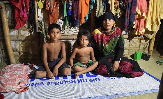 Беженцы-рохинджа в Бангладеш  боятся, что их насильно вернут в Мьянму. В ООН призывают не допустить репатриации, пока в стране не созданы безопасные условия.