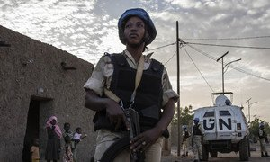 A peacekeeping officer during a patrol in the streets of Gao, Mali, performed daily by United Nations Police (UNPOL) Officers from MINUSMA and Malian National Guard Officers.  7 November 2018.