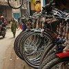 Aparcamiento de bicicletas en Katmandú, en Nepal.