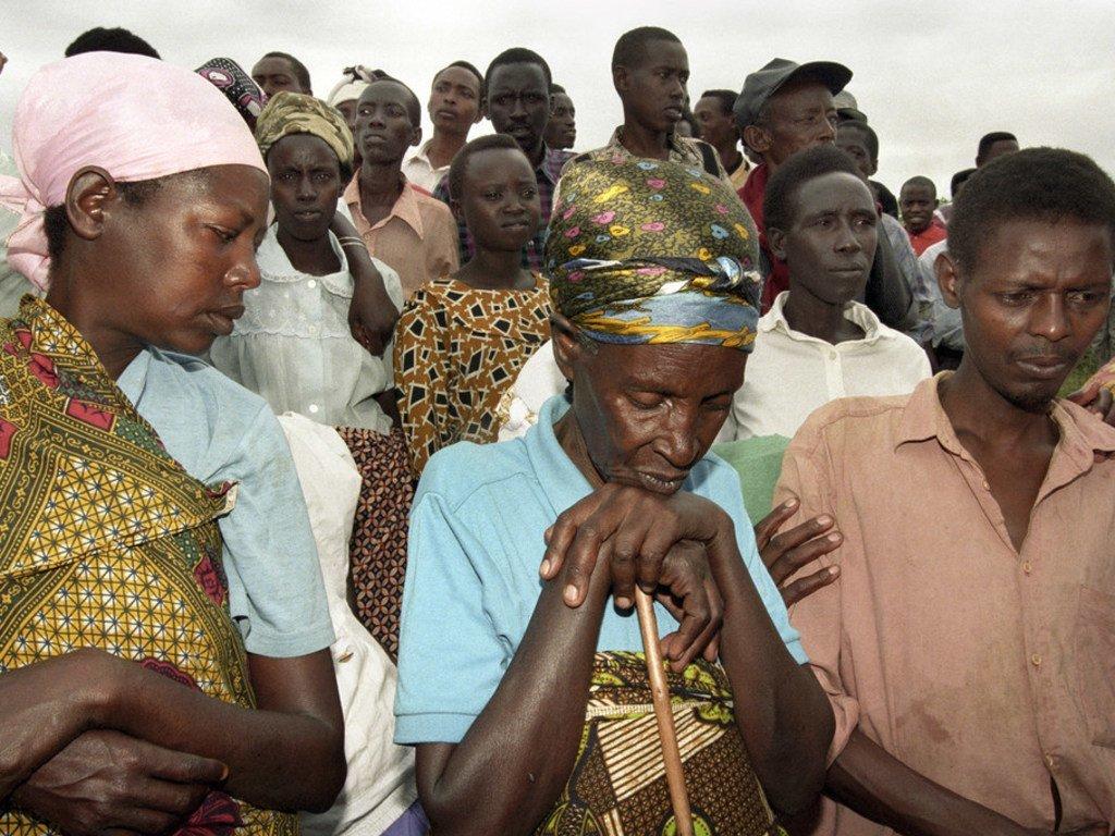 卢旺达种族灭绝事件的幸存者。 (1998年)