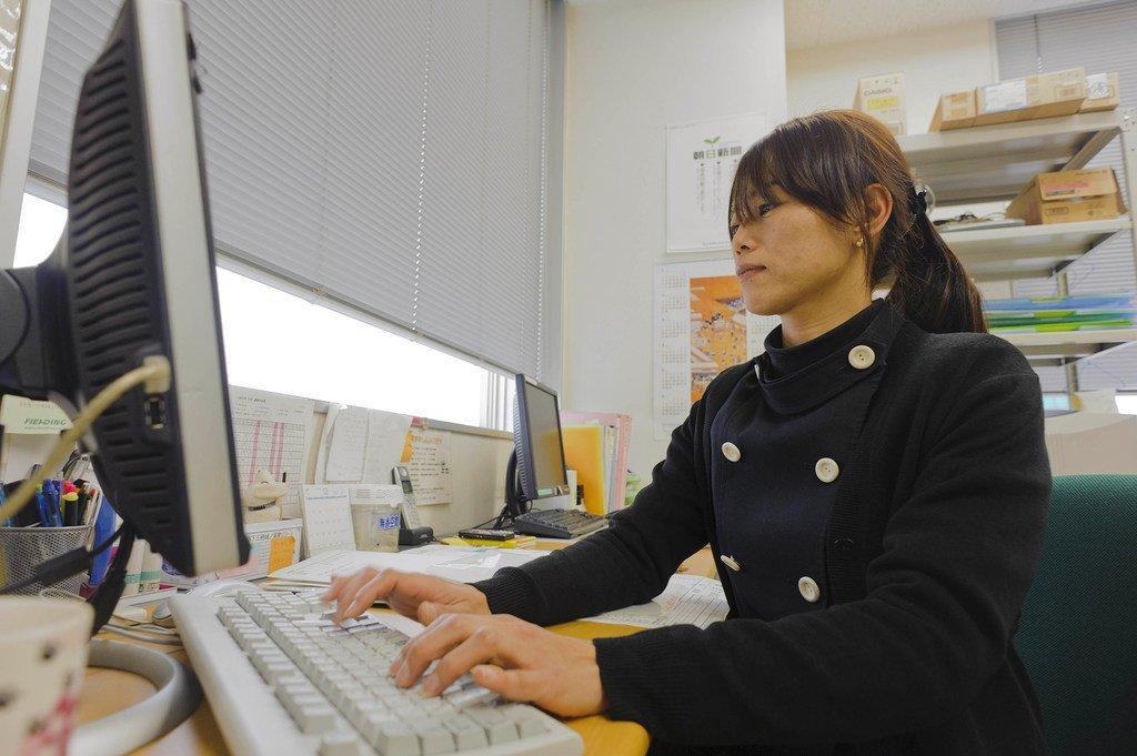 Le rapport de l'OIT sur les salaires montre que les femmes continuent d'être payées approximativement 20% de moins que les hommes.