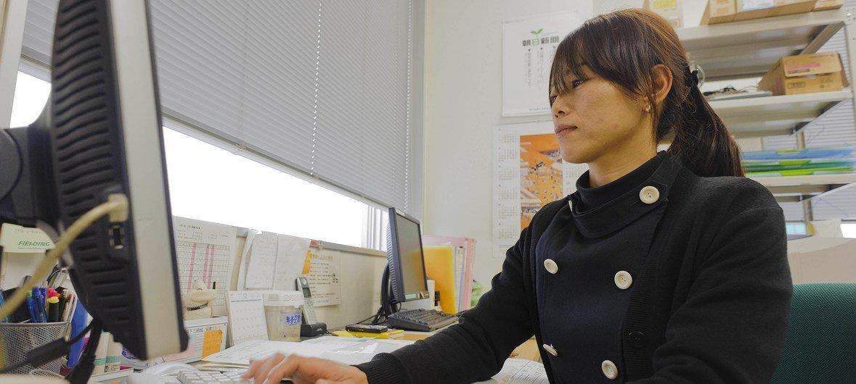 El informe mundial sobre los sueldos de la OIT indica que las mujeres reciben un salario inferior al 20% que el de los hombres.