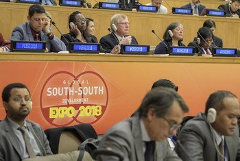 代表们出席在纽约联合国总部举行的第十届全球南南发展博览会。
