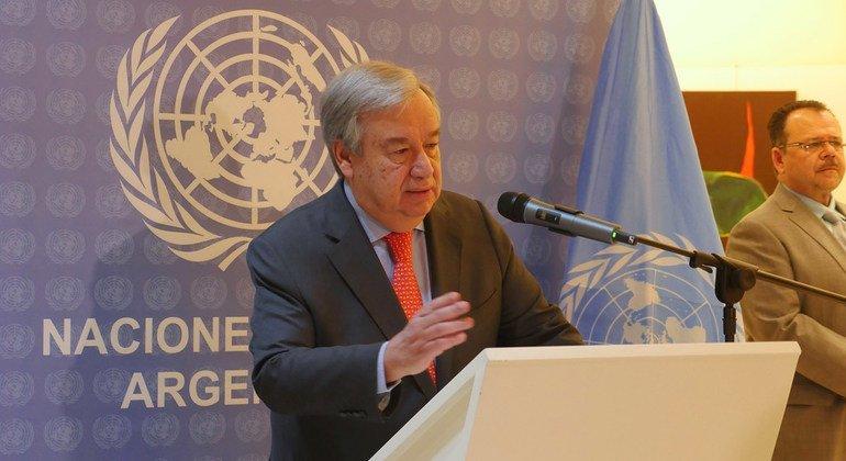 Глава ООН призвал не допустить наихудшего cценария в конфликте между Россией и Украиной