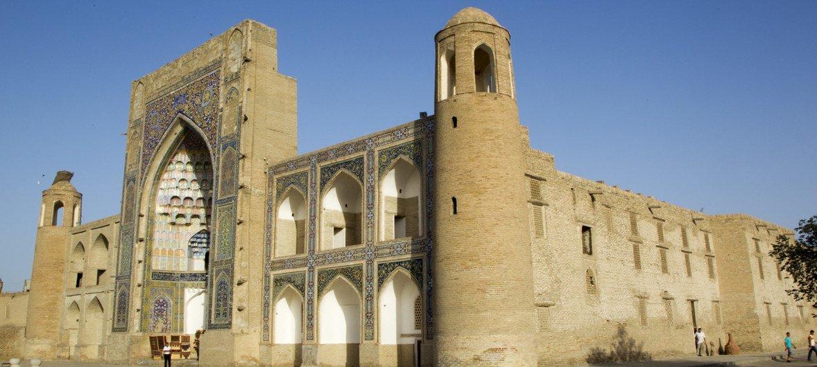 Исторический центр Бухары - один из объектов Всемирного культурного наследия ЮНЕСКО