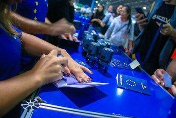 A União Europeia, UE, promoveu na Feira Internacional das Embaixadas, em Brasília, os 70 anos da Declaração Universal dos Direitos Humanos.