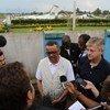 Subsecretário-geral para as Operações de Manutenção de Paz, Jean-Pierre Lacroix, e diretor-geral da Organização Mundial da Saúde, OMS, Tedros Ghebreyesus, falam a jornalistas na RD Congo