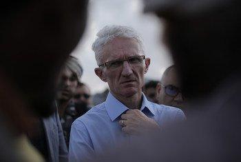 2018年11月,联合国负责人道事务的副秘书长洛科克访问也门萨那的一个流离失所者营地。