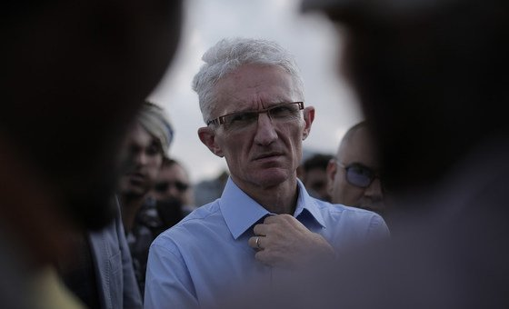 The UN Humanitarian Affairs and Emergency Relief Coordinator Mark Lowcock  in a camp for displaced people in  Sana'a, Yemen on 29 November 2018.