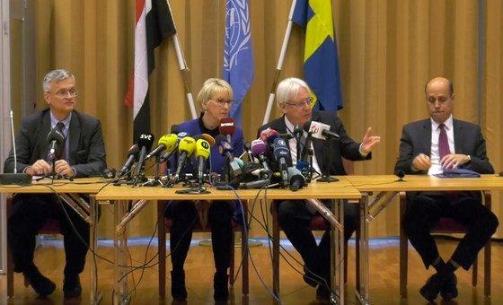 O enviado especial do secretário-geral da ONU para o Iémen, Martin Griffiths, preside às negociações de paz.