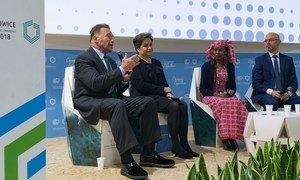 Anold Schwartzenegger,mcheza filamu wa zamani,Patricia Espinosa wa UN,Mwakilishi wa jamii asili kutoka Sahel,Hindou Ibrahim na rais wa  COP24