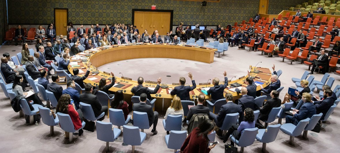Security Council adopts resolution 2447 underling the importance of helping rule-of-law institutions achieve sustainable peace in countries hosting peacekeeping and special political missions.