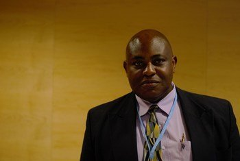 Stanford Mwakasonda, afisa kutoka, UNEP anayehusika na kitengo cha kuzisaidia nchi zinazoendelea kutekeleza majukumu yao kama wanachama wa mkataba wa mabadiliko ya tabianchi wa Paris,.